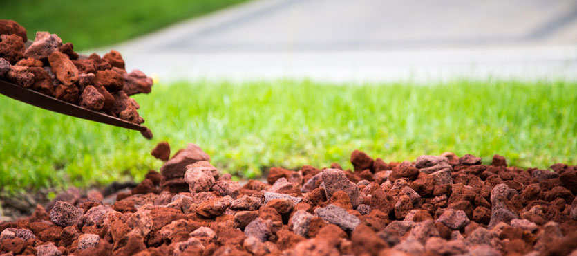4 Benefits of Using Ground Cover Rocks in South Florida Landscaping